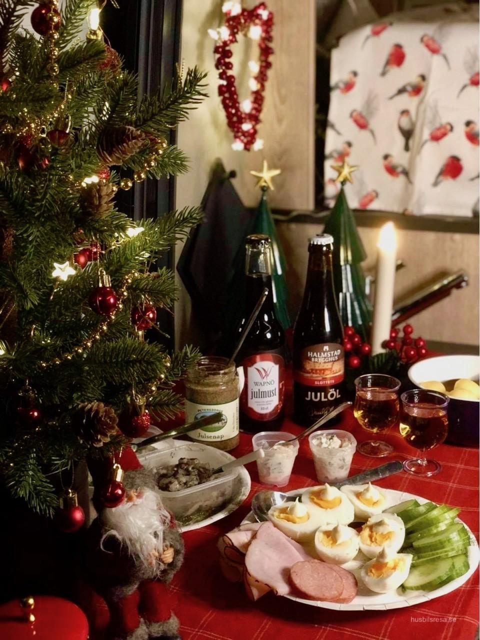 Värsta julbordet - i en Plåtis!